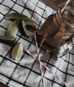 HOMEMADE ICE TEA - GALIA MELON & LIMES