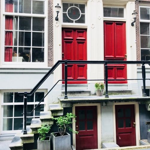 ONCLOUDNOIR - AMSTERDAM Architecture