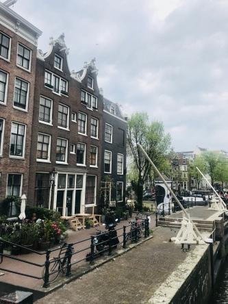 ONCLOUDNOIR - Amsterdam