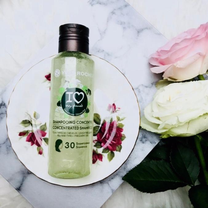 ONCLOUDNOIR - Yves Rocher, geconcentreerde shampoo